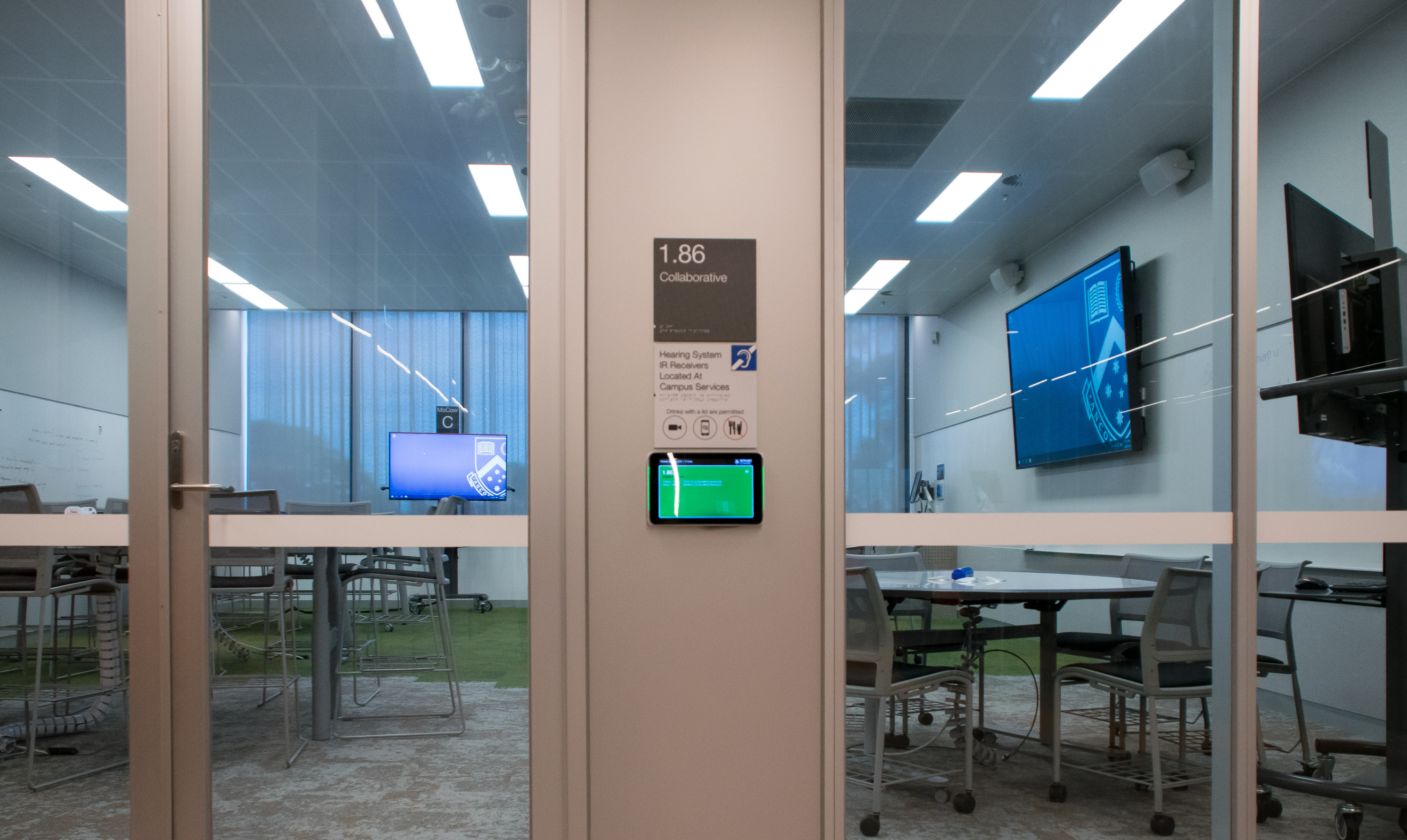 IAdea and Concierge Displays take room booking to the next level at Monash University's new Learning & Teaching Building